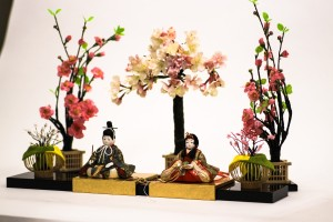ひな雛親王飾り(お花付き)